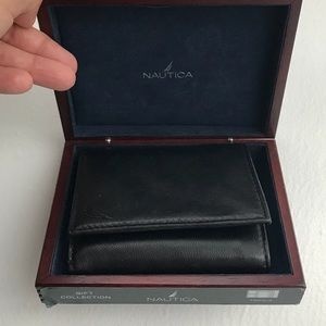 Brand new trifold men's leather wallet